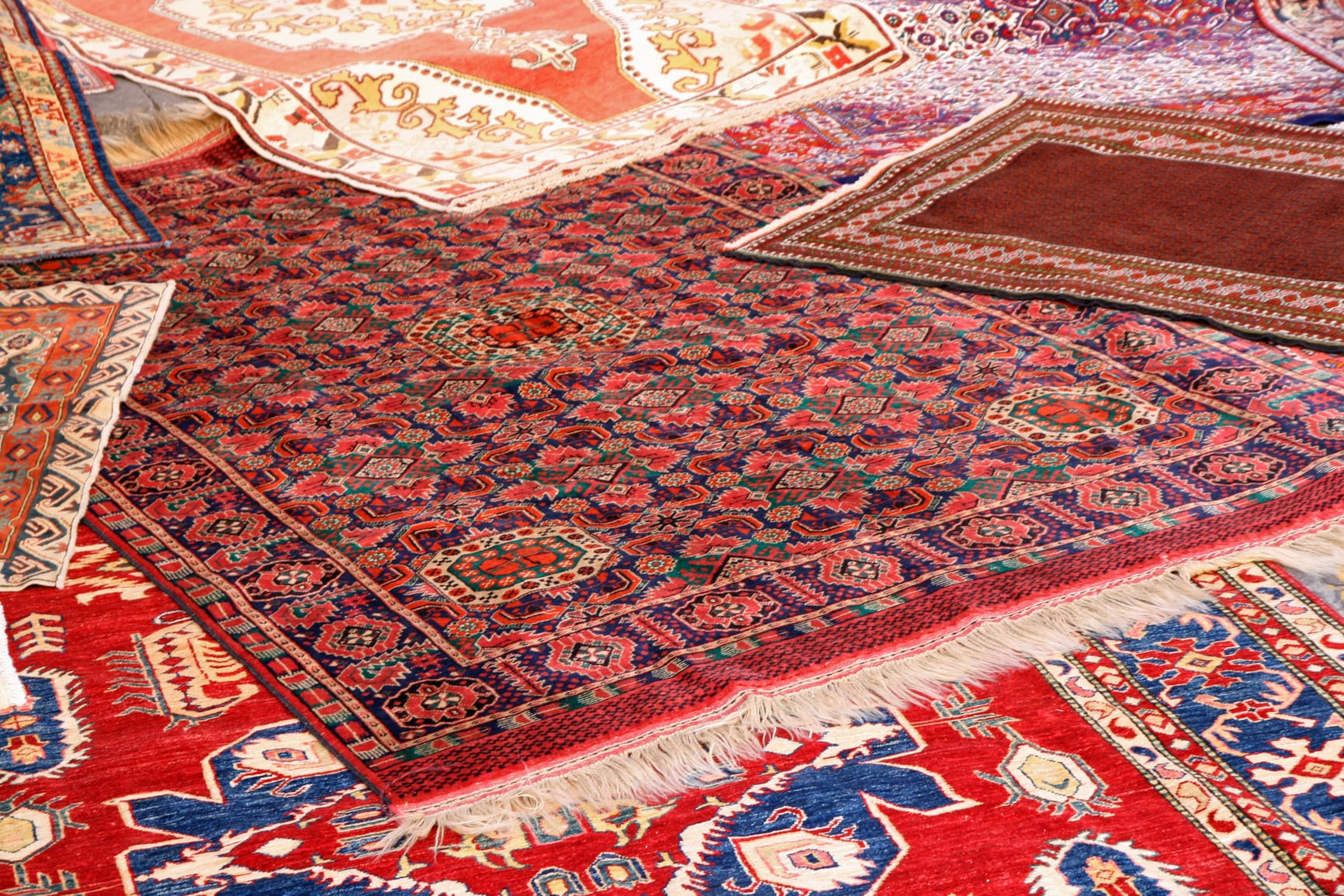 The Importance of Cleaning Your Rugs Regularly